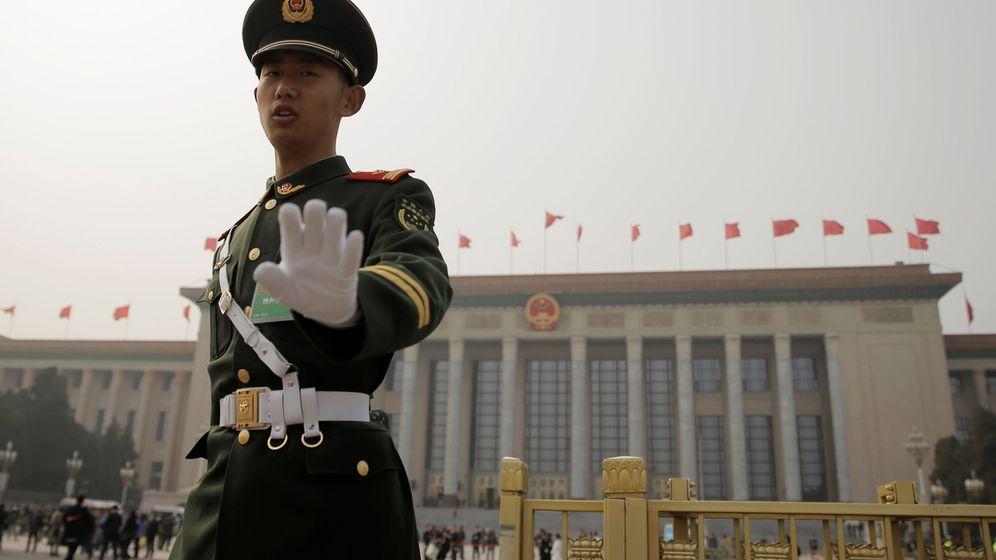 Foto: La policía china tuvo que hacerse cargo del menor (Reuters/Thomas Peter)