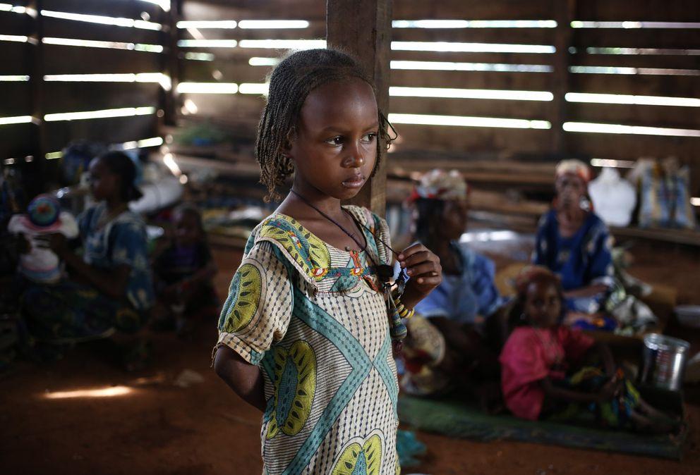 Una niña musulmana de Boda en un refugio para desplazados (Reuters).