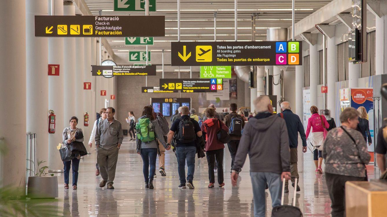 Ábalos defiende un corredor seguro con Alemania para salvar el turismo germano