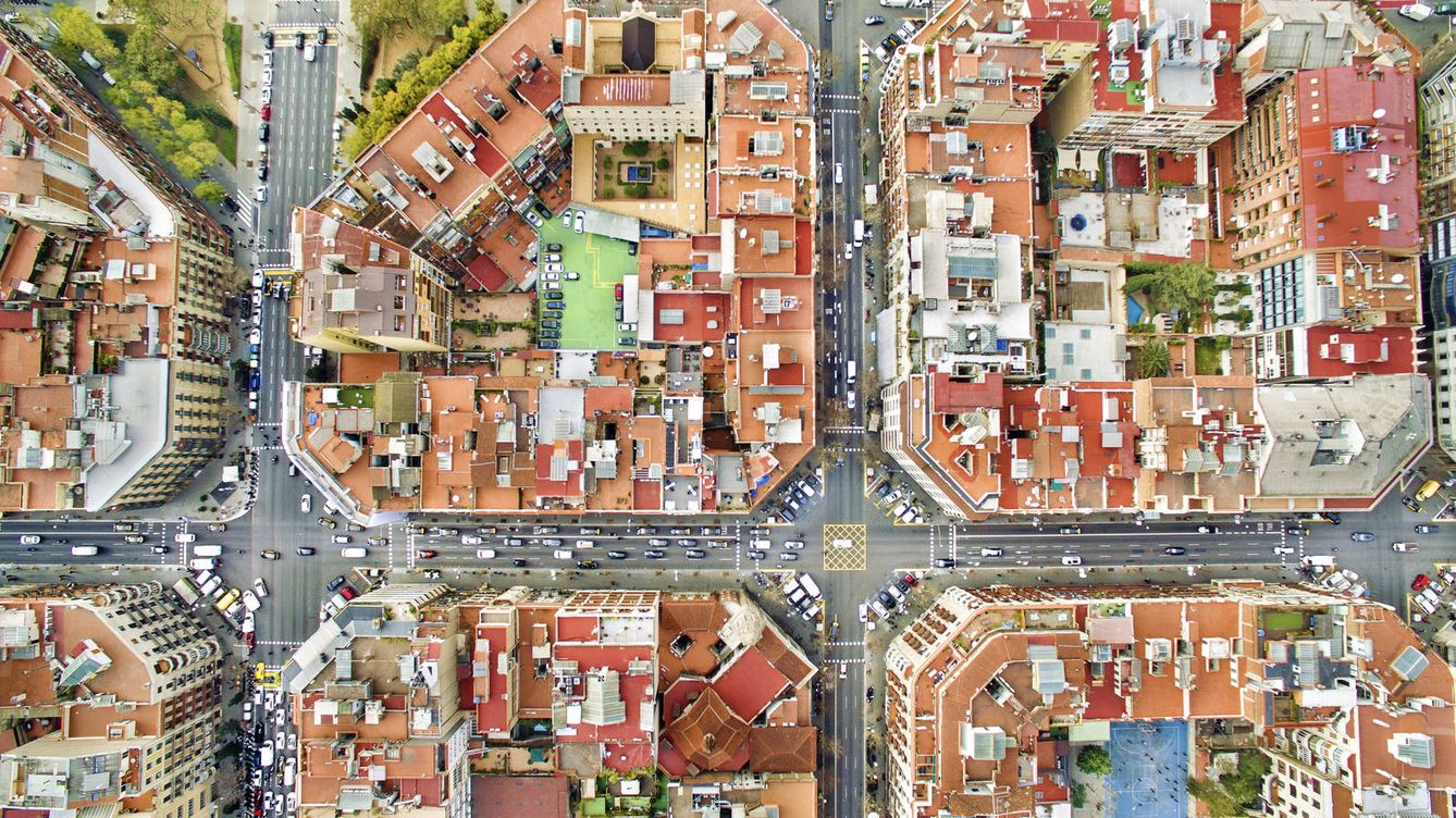 Foto: Los barrios de la capital catalana, a vista de pájaro. (iStock)
