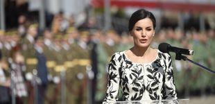 Post de La reina Letizia, una madrina muy chic ante gritos de 'guapa'