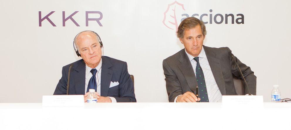 Foto: El fundador de KKR, Henry Kravis, y el presidente de Acciona, José Manuel Entrecanales.