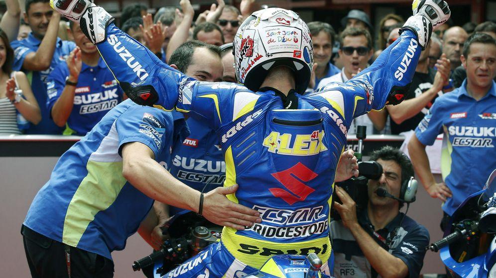 Foto: Aleix Espargaró celebrando su pole de este sábado.