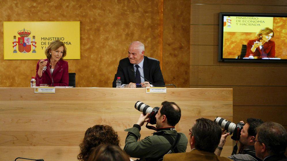 Foto: Elena Salgado y José Manuel Campa, en una foto de archivo en la sede del Ministerio de Economía cuando formaban parte del Gobierno de Zapatero. (EFE)