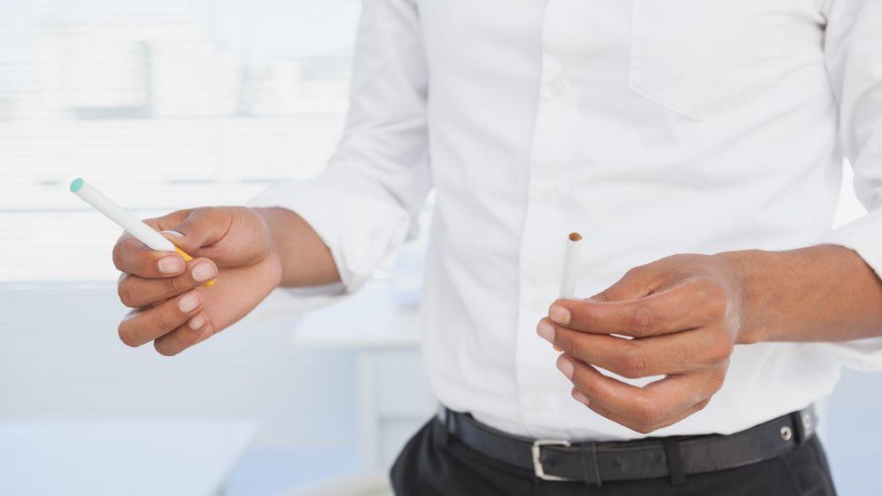 Foto: Gales no permitirá usar cigarrillos electrónicos dentro de espacios cerrados (Corbis)