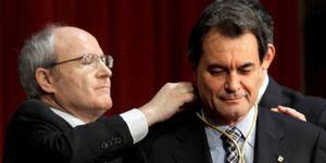 El 'president' entrega Salud a un médico partidario del copago y antiguo ugetista