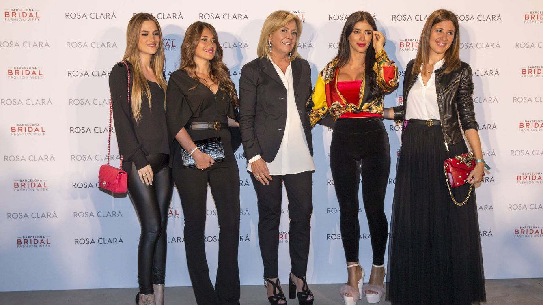 Foto: De izquierda a derecha: Elena Galera, Antonella Roccuzzo, Rosa Clará, Daniella Semaan y Nuria Cunillera. (Gtres)