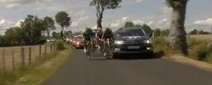 La imprudencia de la televisión francesa está a punto de provocar una tragedia en el Tour