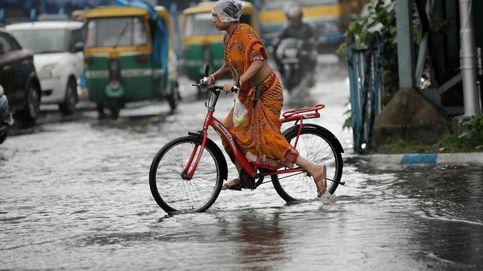 Fuertes lluvias monzónicas en Calcuta y Colombiamoda 2021: el día en fotos