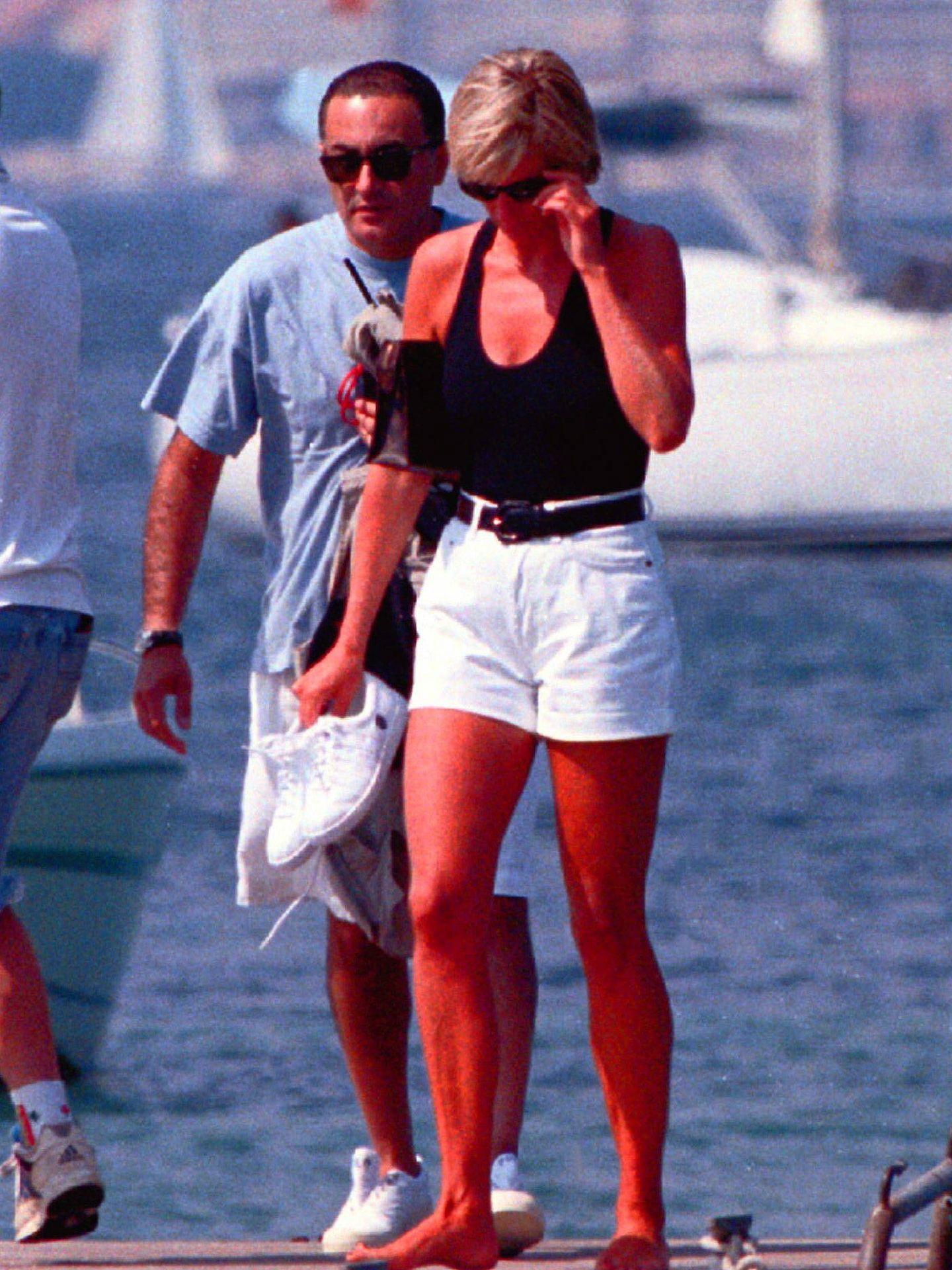 Diana de Gales, junto a Dodi Al Fayed en Saint Tropez. (Cordon Press)