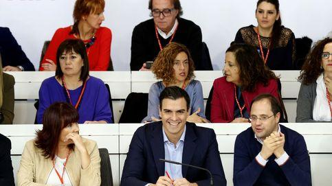 El PSOE corre al galope hacia la irrelevancia