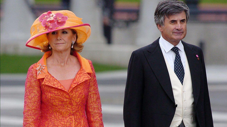 Foto: Esperanza Aguirre junto a su marido, Fernando Ramírez de Haro y Valdés (Gtres)