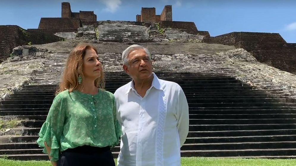 Foto: López Obrador y Beatriz Gutiérrez Müller, en la zona arqueológica de Comalcalco. (EFE)