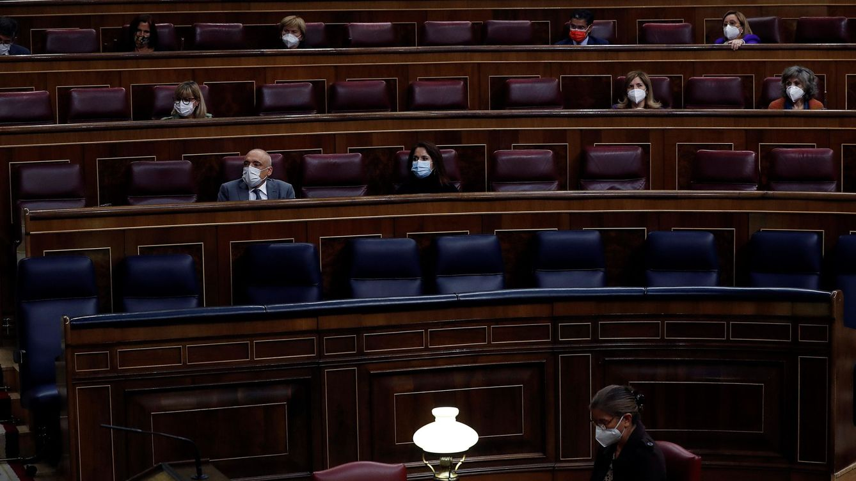 Sánchez saca los seis meses de alarma con la mayoría de los Presupuestos
