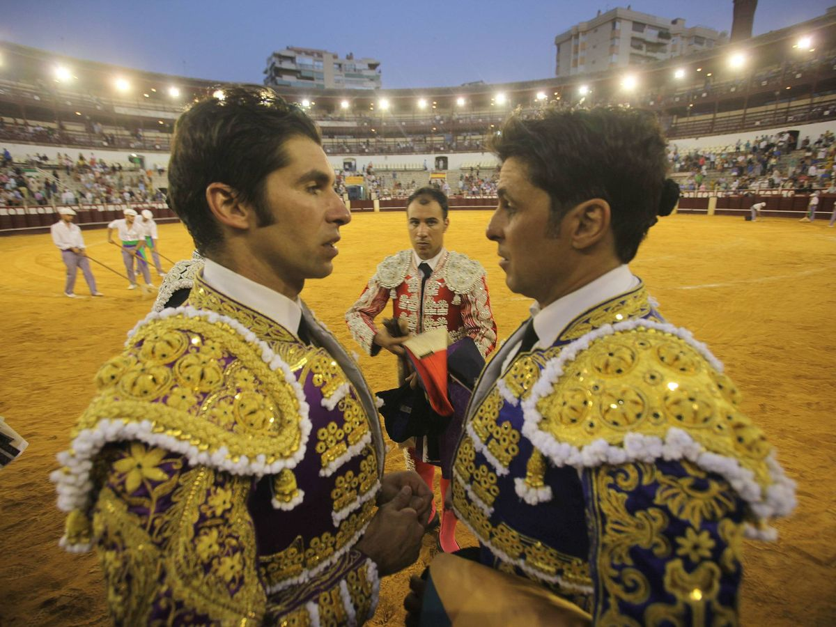 Foto: Fran y Cayetano Rivera, en Málaga. (Cordon Press)