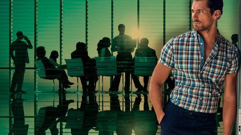 Los límites del 'casual summer': cómo vestir en el trabajo en verano