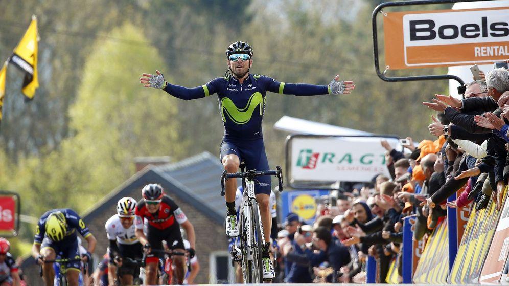 Foto: Alejandro Valverde entra destacado en la meta de la Flecha Valona. (EFE)