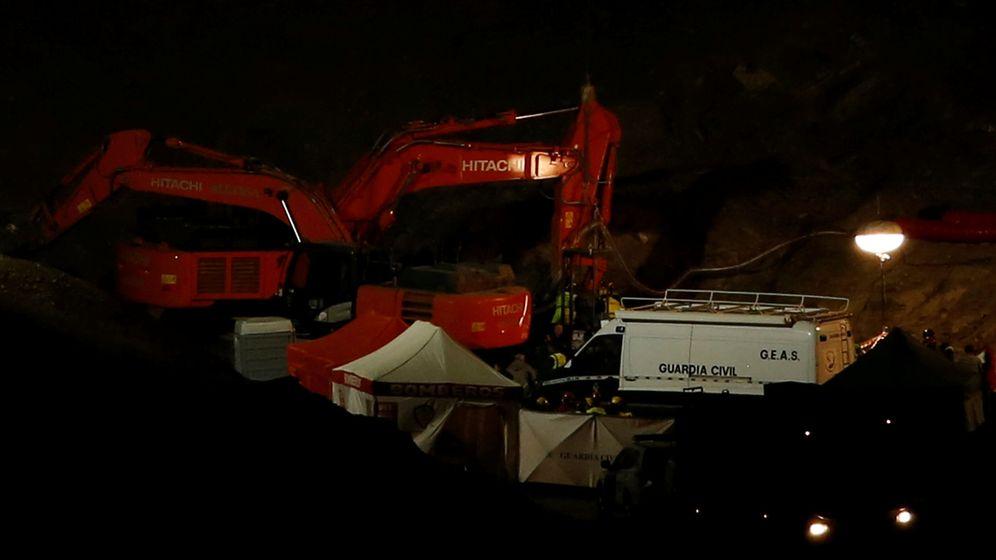 Foto: Continúan los trabajos de rescate en Totalán para sacar a Julen del pozo. (Reuters)