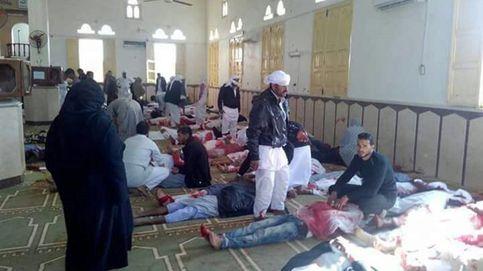 Al menos 270 muertos en un atentado contra una mezquita en el Sinaí egipcio