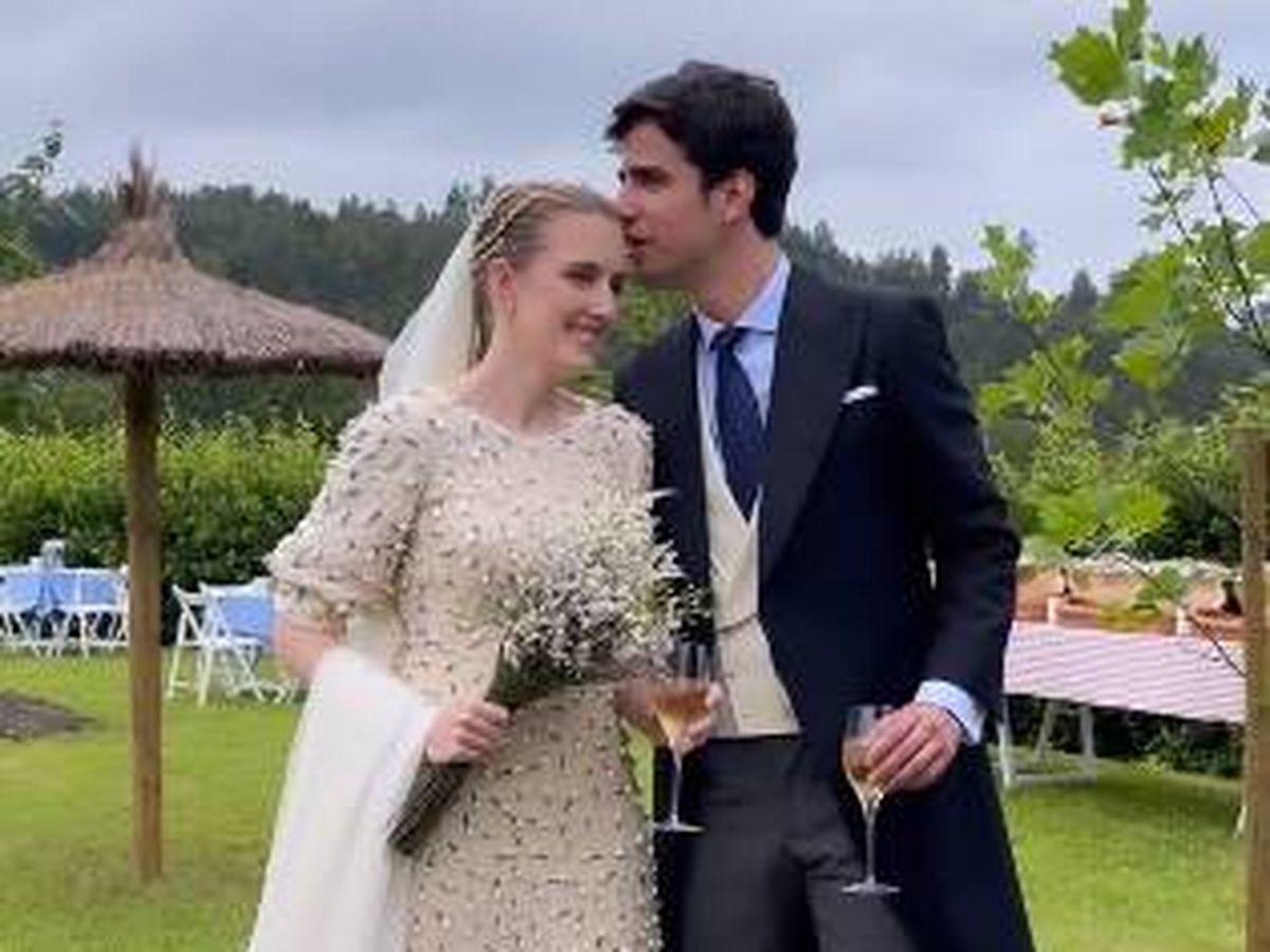 Foto: Inés Pérez-Pla y Alberto Pablos en su boda. (IG @pilsferrer)