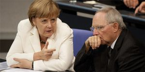 Los socios de Merkel quieren someter a referéndum el futuro político de Europa