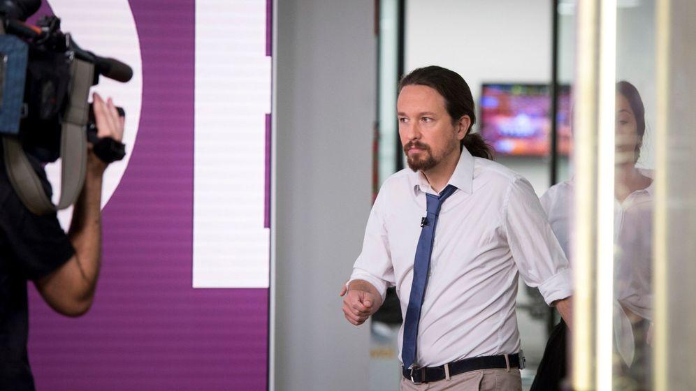 Foto: El líder de Unidas Podemos, Pablo Iglesias, momentos antes de una entrevista televisiva. (EFE)