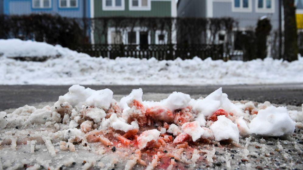 Foto: Restos de sangre de un asesinado tras un ajuste de cuentas entre bandas de Estocolmo. (Reuters)