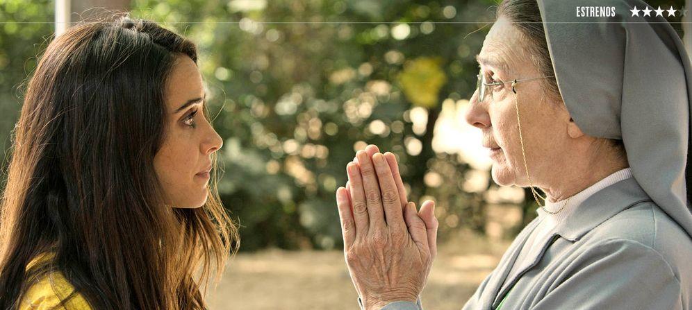 Foto: Macarena García y Gracia Olayo, en un fotograma de 'La llamada'. (Apache Films)