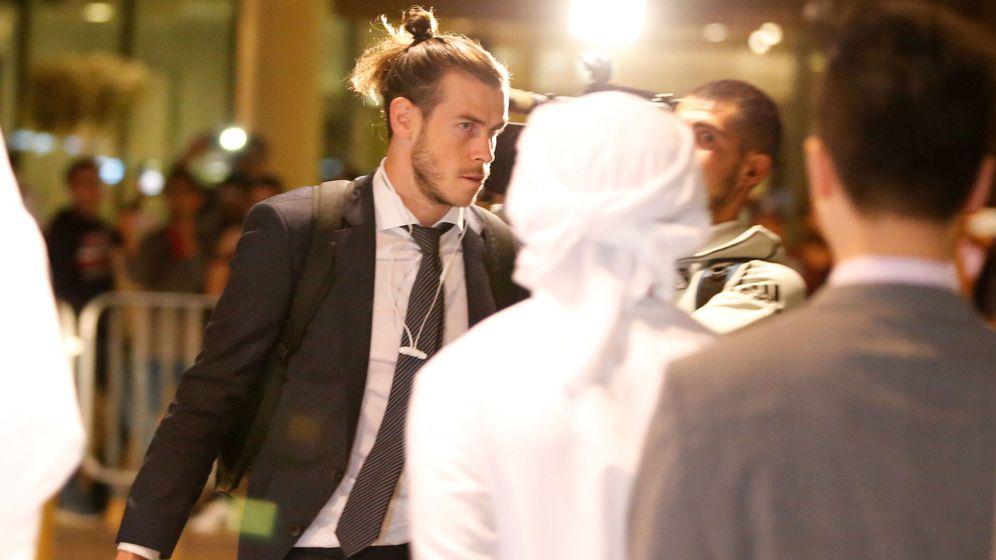 Foto: Gareth Bale, llegando a Abu Dabi. (EFE)