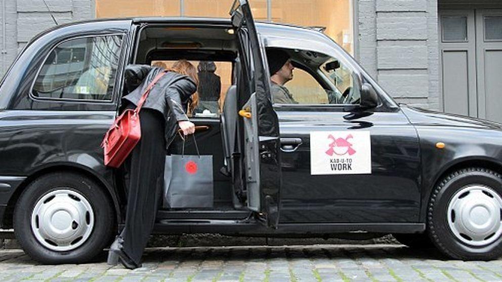 Puedes pedir otra: un taxi especial con kit antirresaca te lleva a trabajar