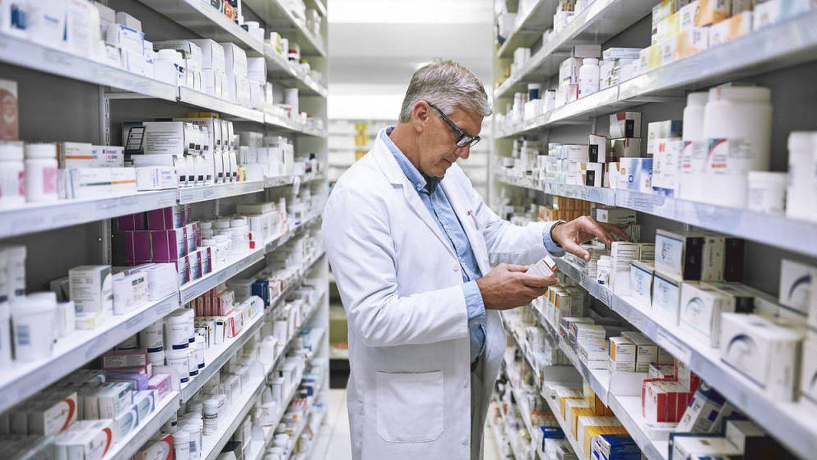 Foto: Un farmacéutico. (iStock)