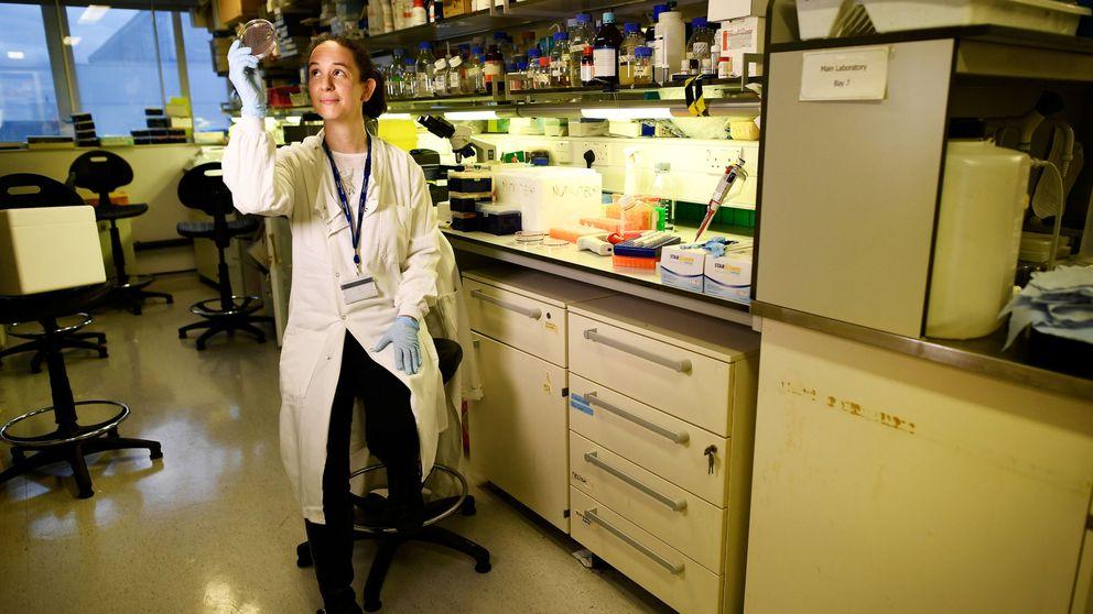 Ya sea hombre o mujer, la forma más rápida de dejar la carrera científica es tener un hijo