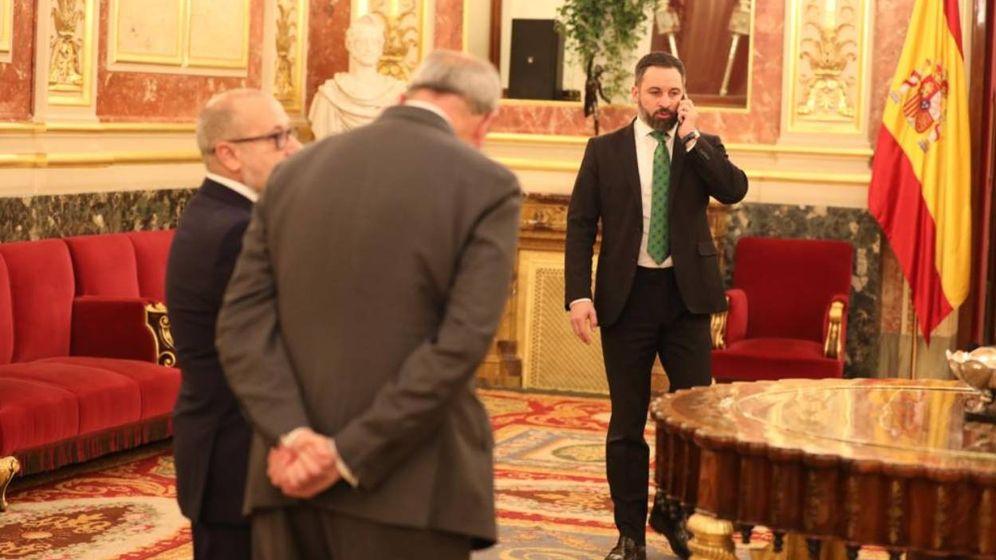 Foto: Santiago Abascal (Vox) ha abandonado el hemiciclo durante la intervención de Aizpurua (Vox)