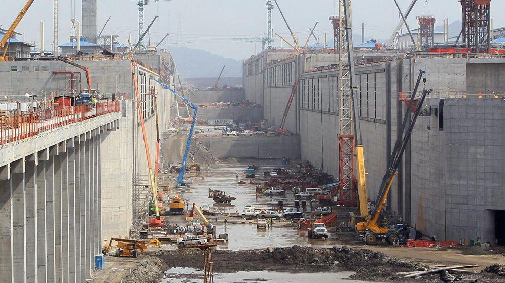 Foto: Vista general de las obras de ampliación del Canal de Panamá. (EFE)