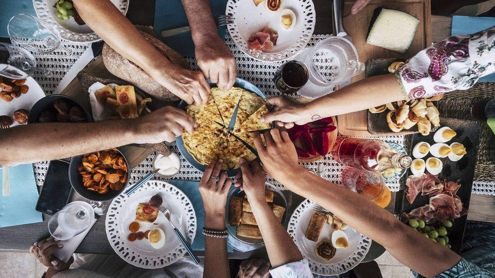 Foto: ¿Cuántas raciones comer de cada alimento? (iStock)