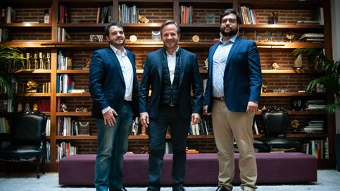 No fue fácil grabar a Rajoy caminando rápido, pero la autenticidad da votos
