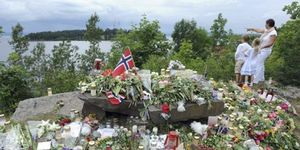 Breivik esperará hasta 2012 para responder por cada una de sus 76 víctimas