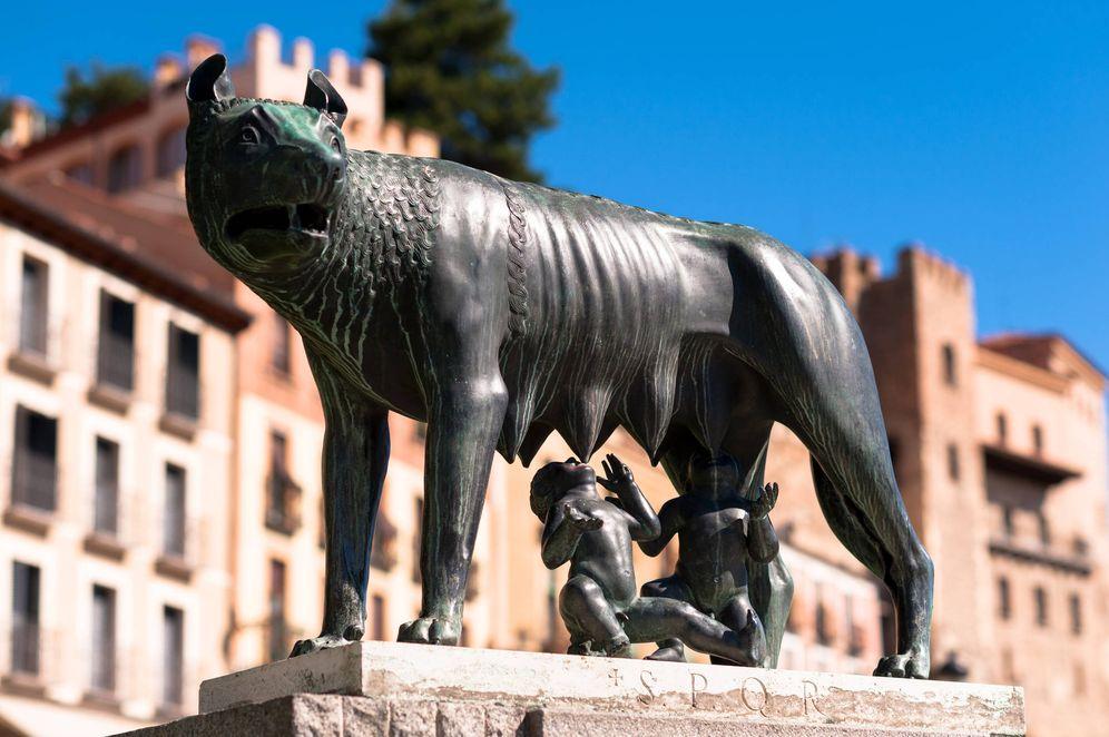 Foto: Escultura de Luperca amamantando a Rómulo y Remo.