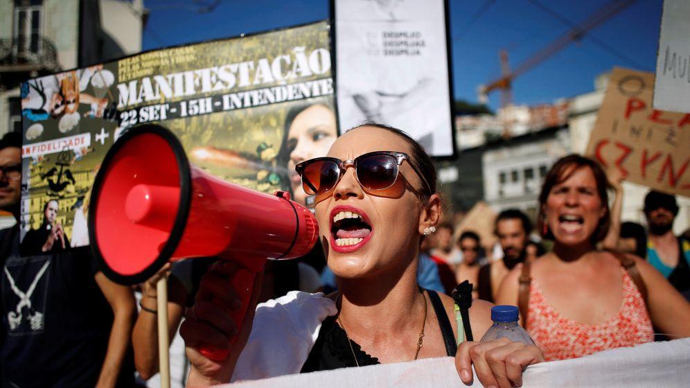 Foto: Protesta contra los desahucios y la subida de los alquileres en Lisboa en 2018. (Reuters)
