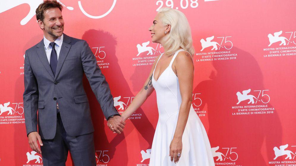 Foto:  Cooper y Gaga, solo buenos amigos. (Getty)