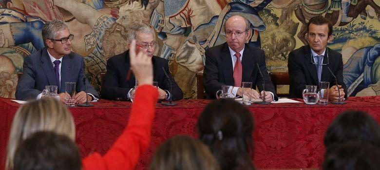 Foto: El doctor Cabanela renunció a cobrar por la operación y recuperación del Rey