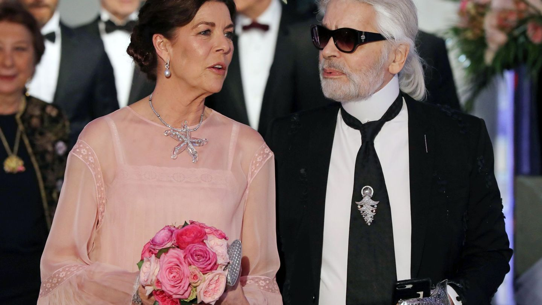 Carolina de Mónaco y Karl Lagerfeld. (EFE)
