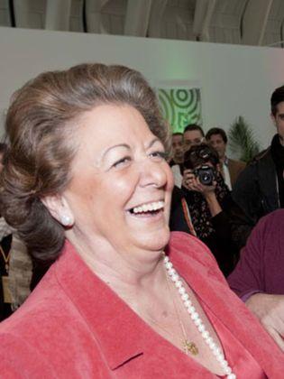 Foto: Rita Barberá rompe la pana en Valencia
