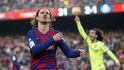 La incomodidad de Antoine Griezmann en el Barcelona, un buscavidas con el gesto torcido