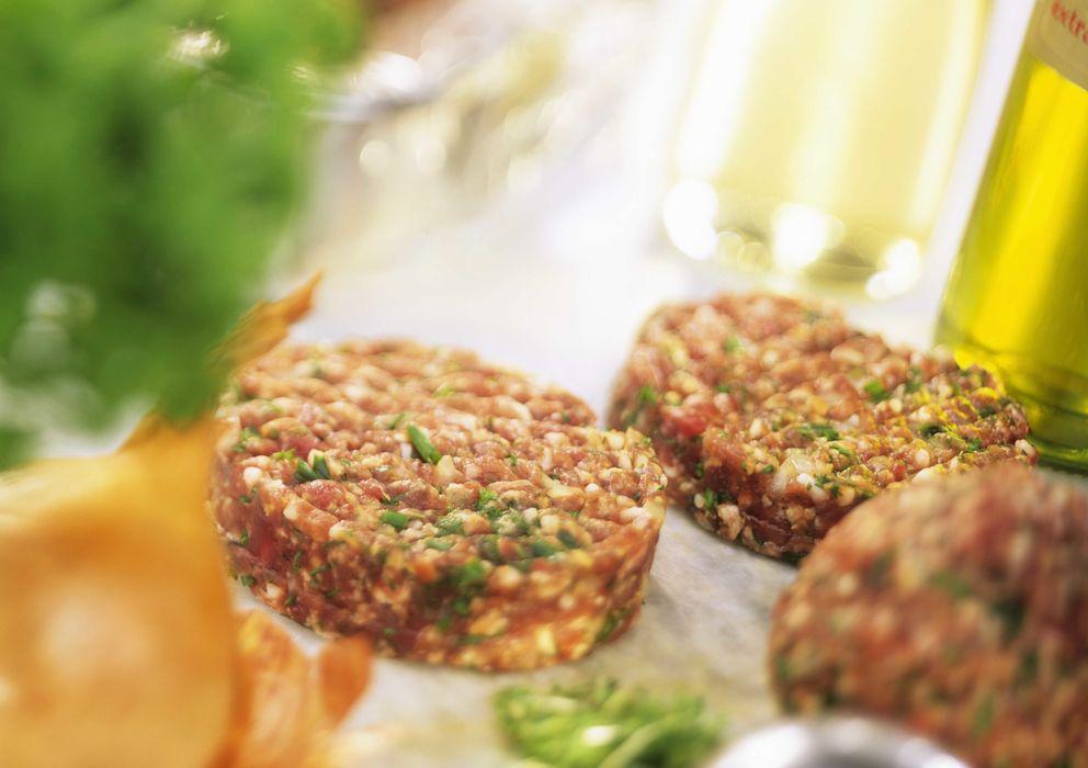 Foto: La materia prima es fundamental a la hora de cocinar una buena hamburguesa. (Corbis)