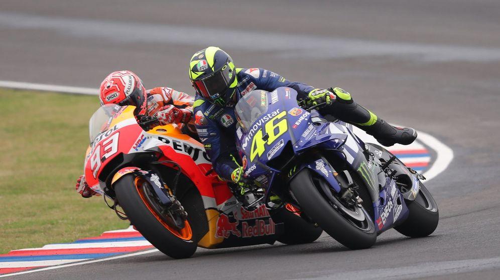 Foto: Márquez y Rossi durante la anterior carrera, en Argentina. (EFE)