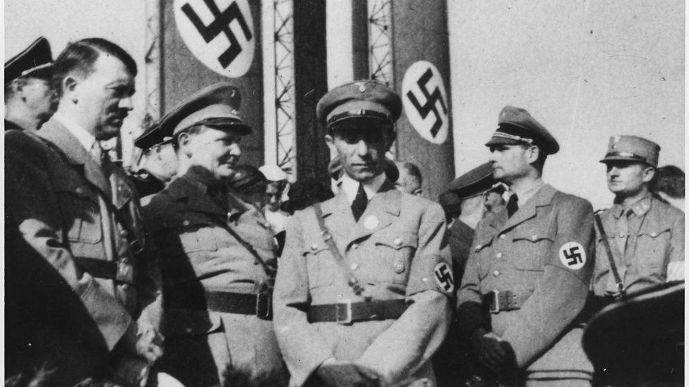 Foto: Jerarquía nazi: Hitler, Goering, Goebbels y Hess, de izquierda a derecha (CC)