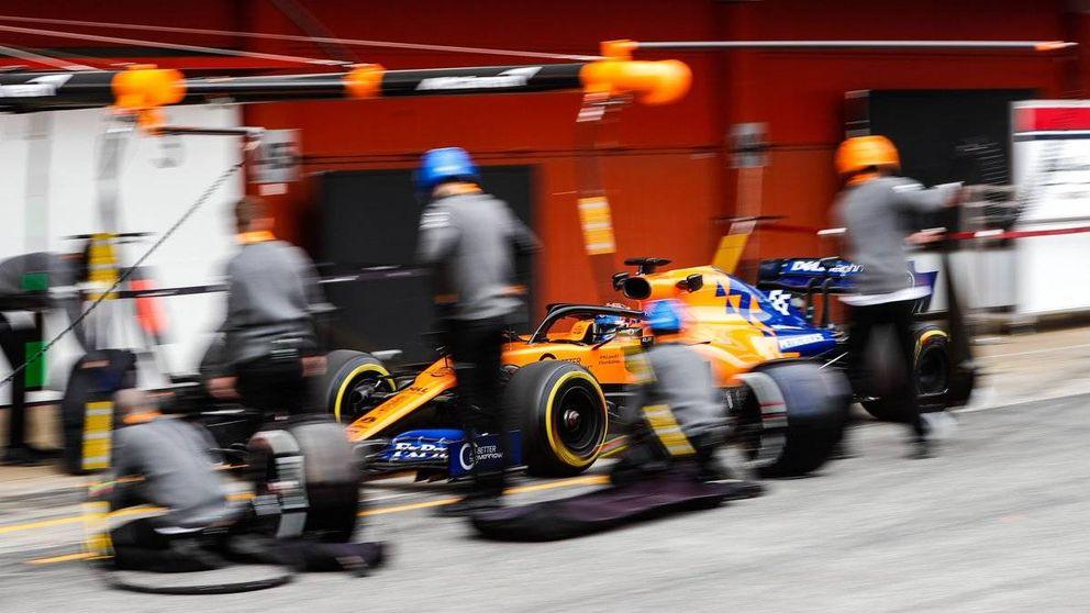 Tres heridos leves en el garaje de McLaren en Montmeló por un pequeño incendio