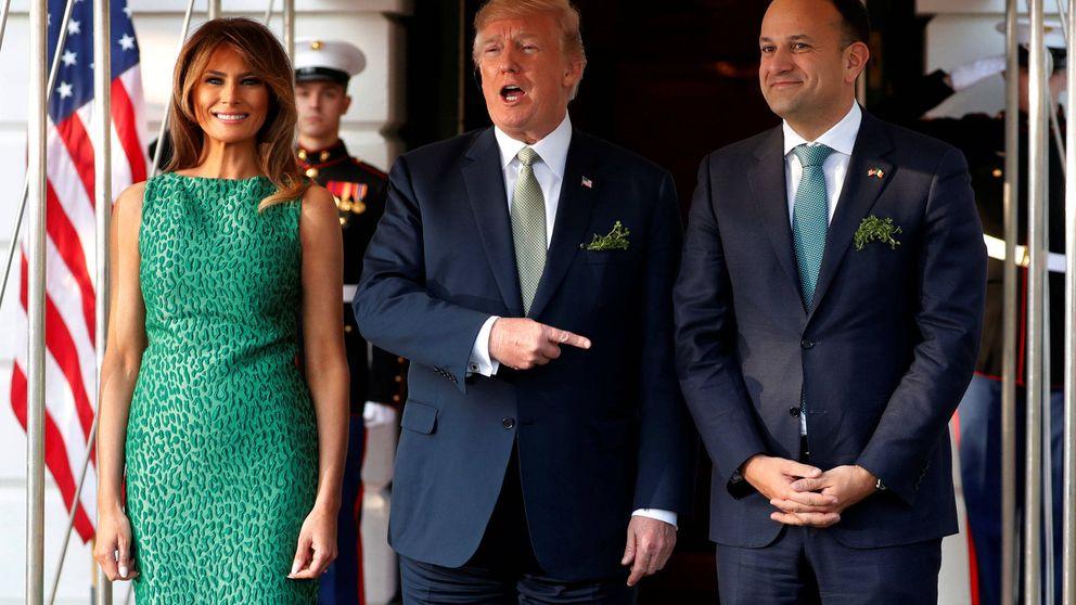 Melania Trump celebra San Patricio un día antes con un vestido de 1.500 dólares