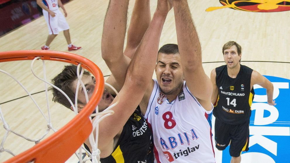 Nemanja Bjelica vuelve a brillar y ya es la primera estrella del EuroBasket